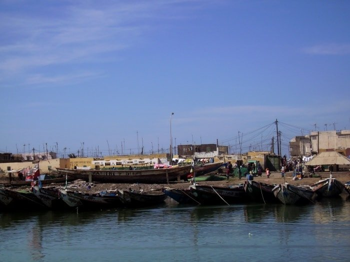"""alt=""""Il porto di Saint-Louis, antica capitale del Senegal durante la colonizzazione francese"""""""