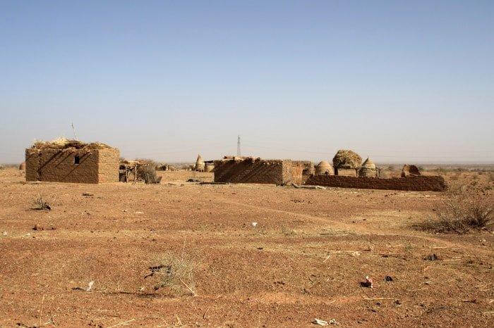 """alt=""""Il viaggio in Niger on the road"""""""