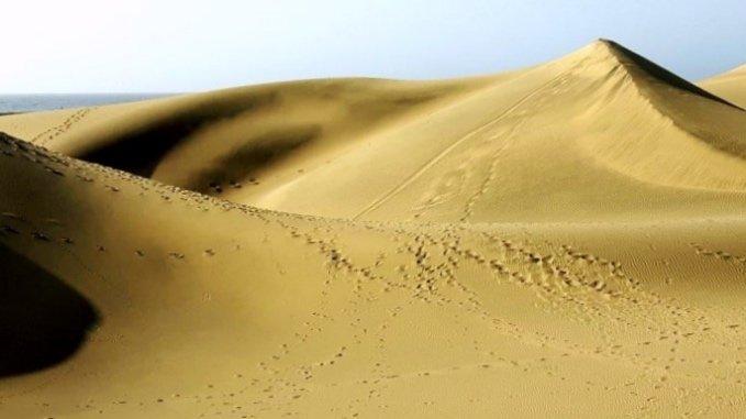 """alt=""""Cosa fare a Gran Canaria? Perdersi tra le dune di Maspalomas"""""""