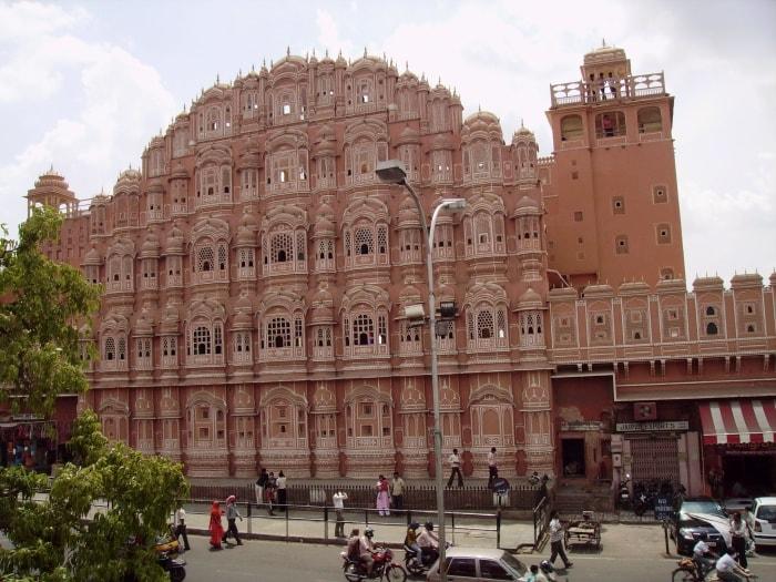 """alt=""""Il Palazzo dei Venti di Jaipur, la città rosa"""""""