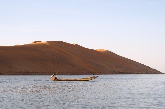 """alt=""""Tra il fiume Niger e le dune rosa di Gao"""""""