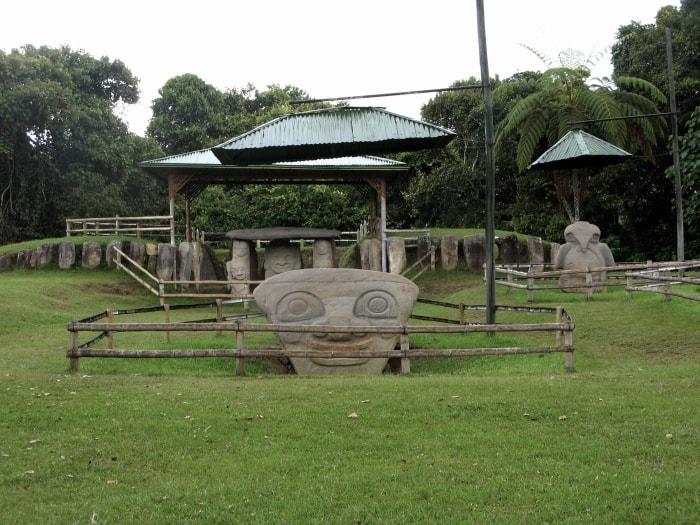"alt=""Reperti del parco archeologico San Agustin"""