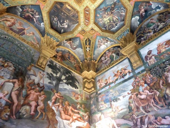 Uno degli affreschi di Palazzo Te
