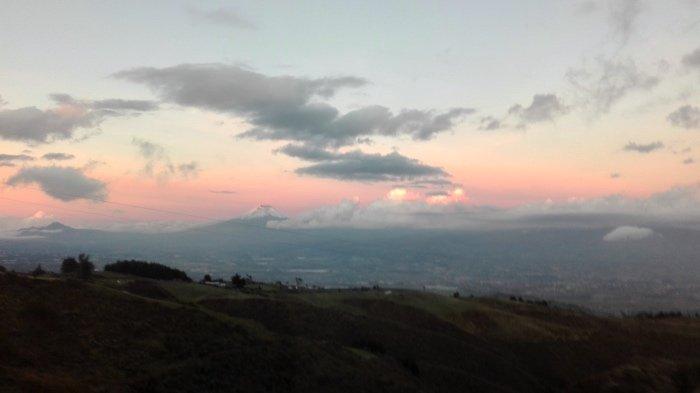"""alt=""""Sulla strada tra il Cotopaxi e la Laguna di Quilotoa"""""""