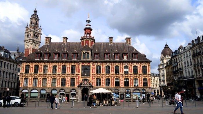 """alt=""""La Vieille Bourse di Lille"""""""