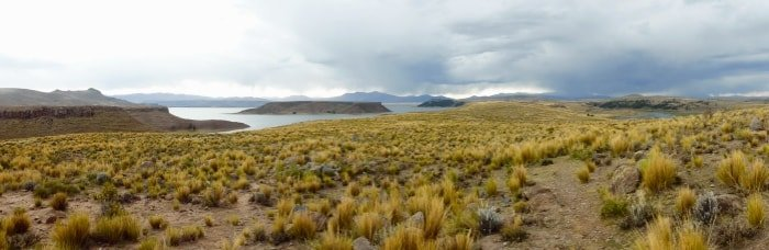 """alt=""""Il lago Titicaca visto da un'altra prospettiva"""""""