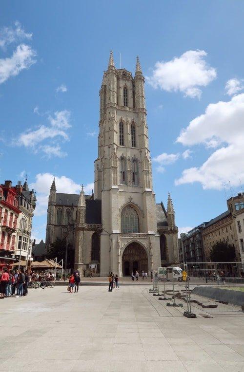 """alt=""""La Cattedrale Saint-Bavon di Gand"""""""