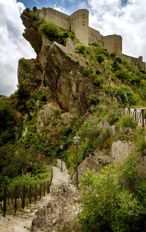 """alt=""""Il castello di Roccascalegna - foto di Massimo Aggius Velas"""""""