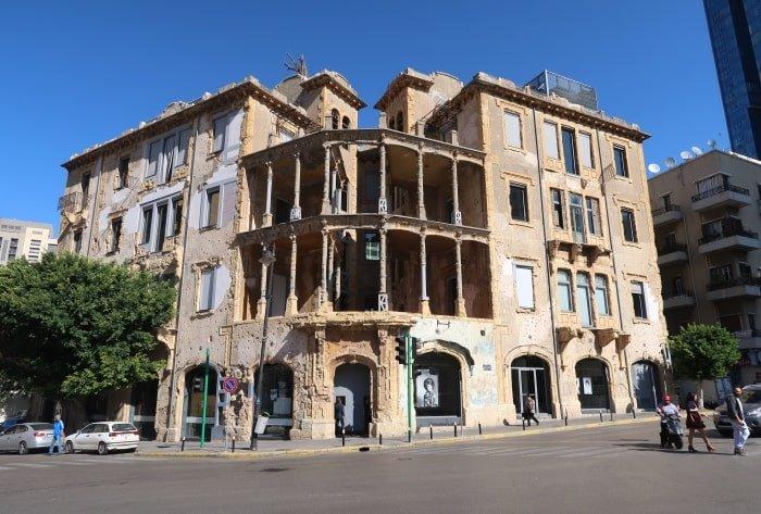 "alt=""Beirut, cosa vedere? La Yellow House"""