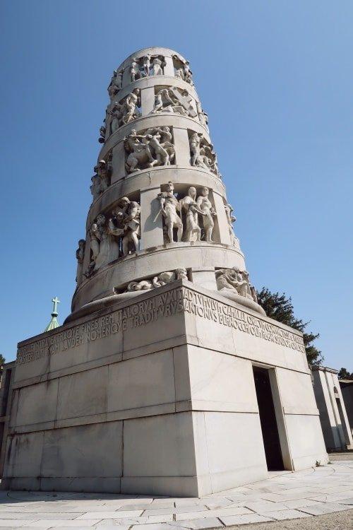 """alt=""""Il Cimitero Monumentale di Milano, un vero e proprio museo a cielo aperto"""""""