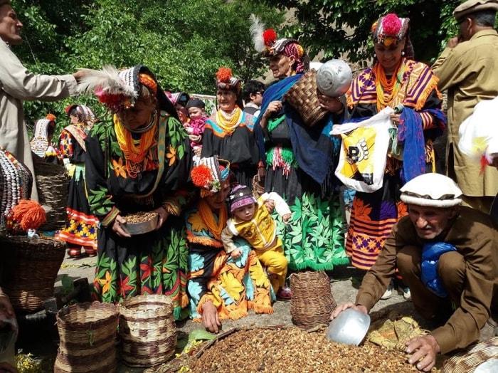"""alt=""""Viaggio di gruppo in Pakistan per il Kalash Uchal Festival"""""""
