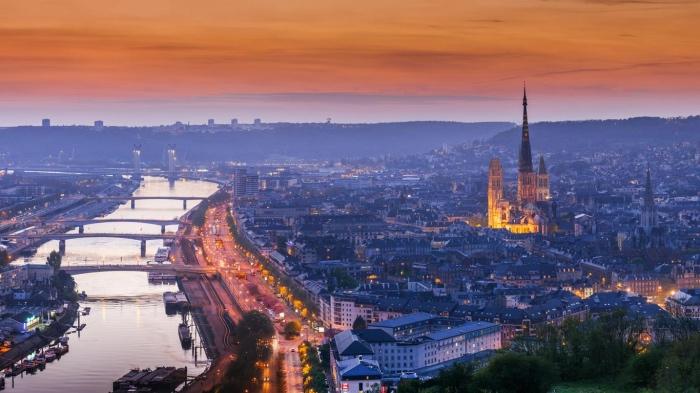 """alt=2Il viaggio di gruppo in Normandia parte da Rouen, capitale normanna"""""""