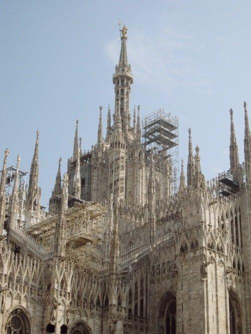 """alt=""""Leggende e curiosità sul Duomo di Milano"""""""