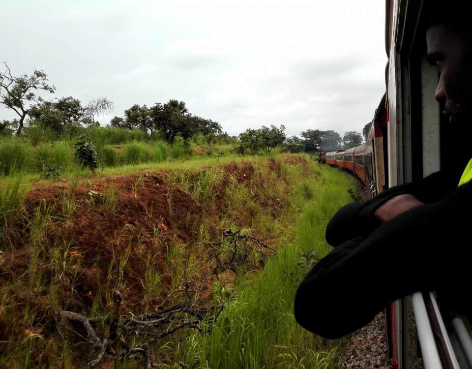 """alt=""""Viaggio in Camerun. Un treno verso la storia"""""""