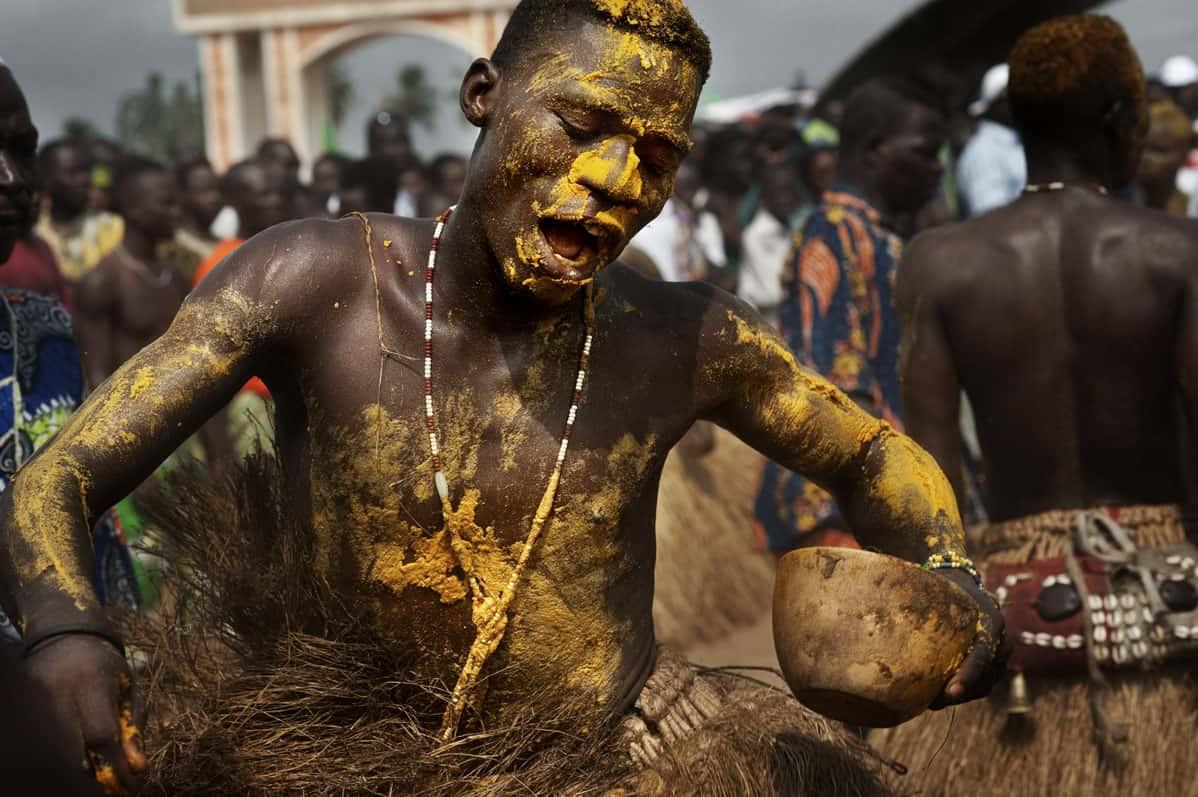 """alt=""""I richiami del vodù sulla spiaggia di Ouidah"""""""